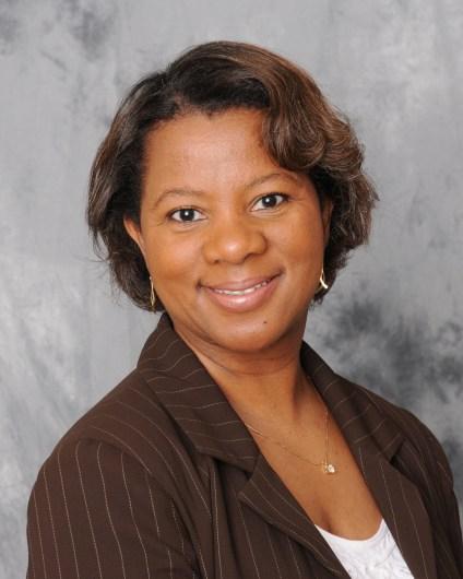 Headshot of Deanna Neal