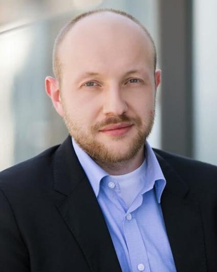 Headshot of Marcin Tadeusiak